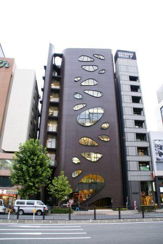 omotesando_building2.jpg